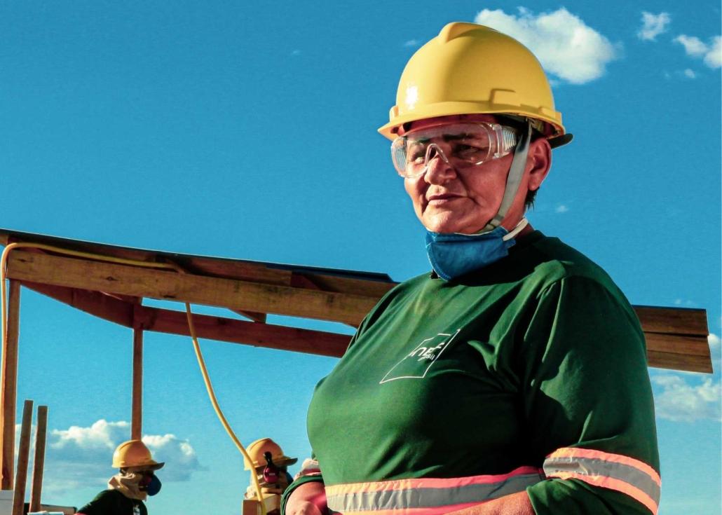 Woman in the construction of Jacaranda Solar Plant - Brazil